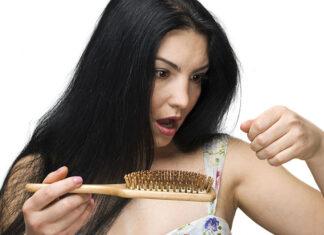 Jak poradzić sobie z wypadającymi włosami