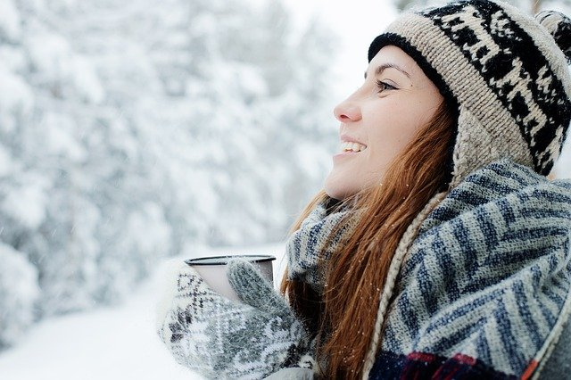 Zimą powinniśmy szczególnie dbać o cerę, fot. Pixabay.com