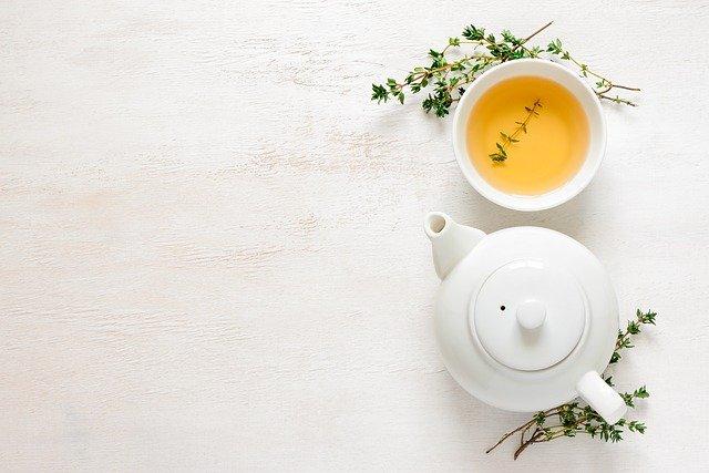 Warto pić herbatę z liści miłorzębu japońskiego, fot. Pixabay.com