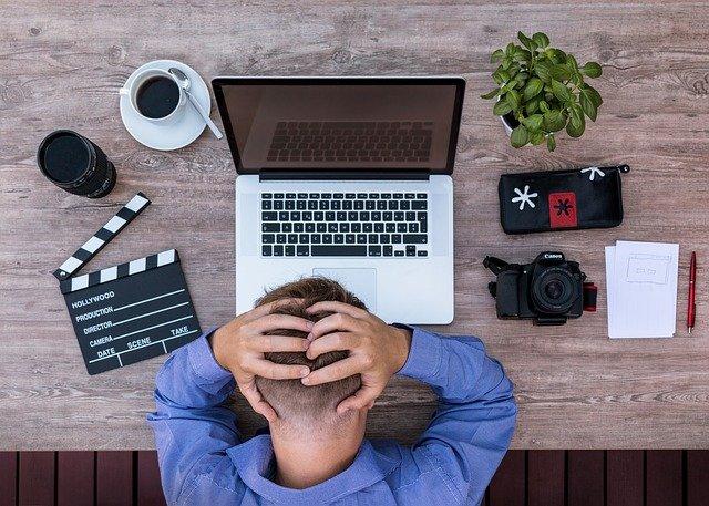 Nie warto zmuszać się do pracy, która nie sprawia Ci przyjemności, fot. Pixabay.com