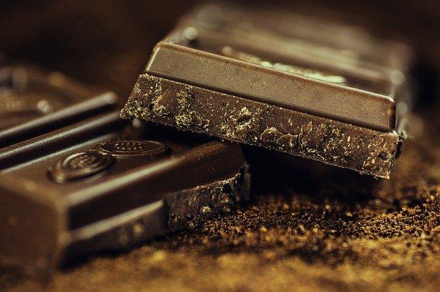 Magnez znajduje się m.in. w gorzkiej czekoladzie, fot. Pixabay.com