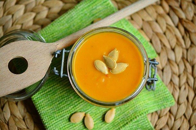 Jedną z popularniejszych potraw na bazie dyni jest zupa z dyni, fot. Pixabay,com